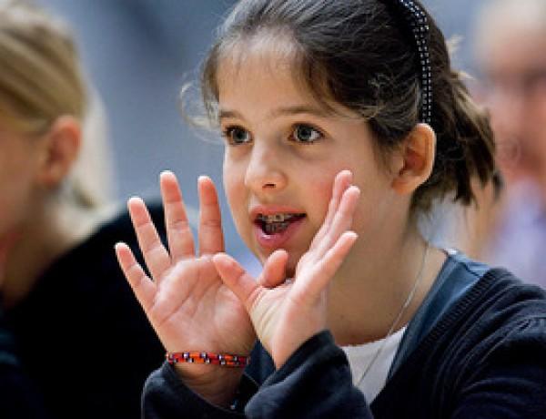Workshops zang voor kinderen tijdens Klassiek op het Amstelveld