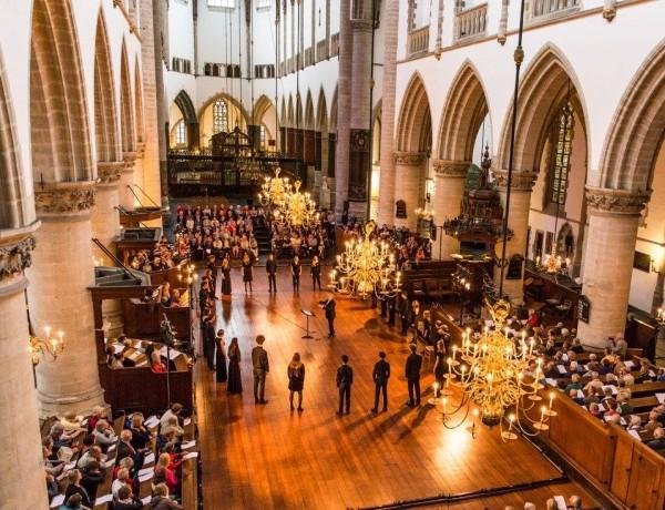 Openingsconcert Koorbiënnale door Nationaal Gemengd Jeugdkoor zeer goed ontvangen