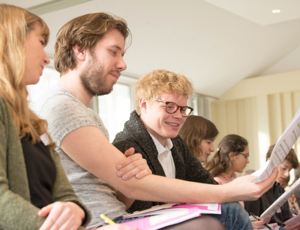 Summer Course in Hungary: the influence of conducting on choral sound